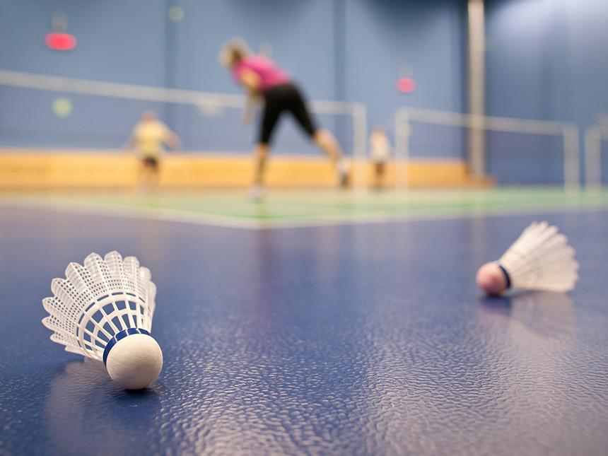 https://bilder.touridat.de/18765/7908/18765-7908-14-Badminton