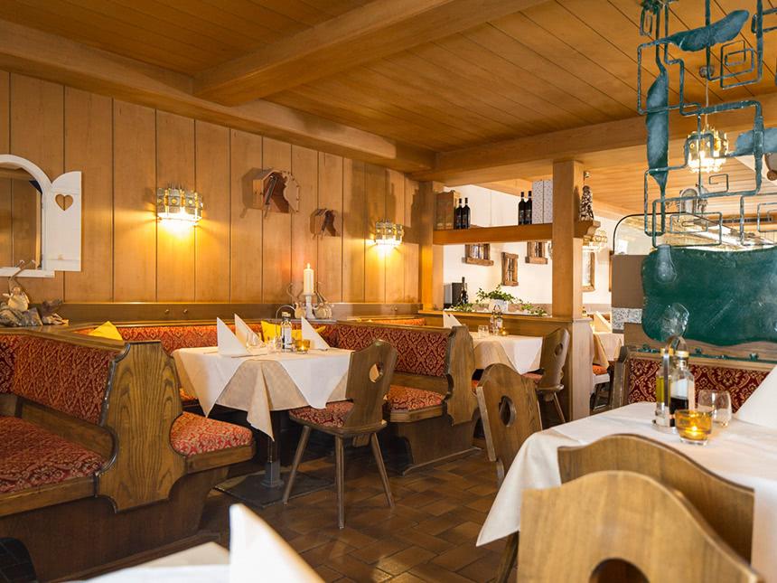 https://bilder.touridat.de/18998/8023/18998-8023-03-Restaurant-03