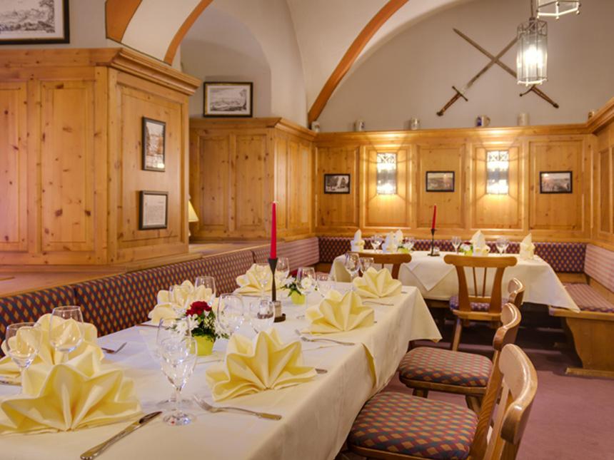 https://bilder.touridat.de/19045/8013/19045-8013-03-Restaurant