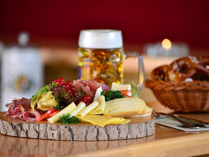 https://bilder.touridat.de/19405/8649/19405-8649-03-Restaurant