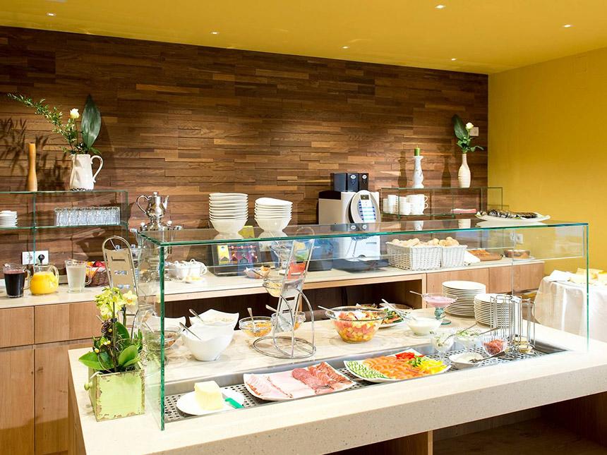 https://bilder.touridat.de/19620/8196/19620-8196-06-Restaurant