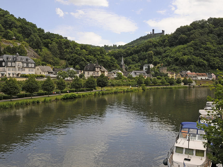 https://bilder.touridat.de/19748/8694/19748-8694-14-Lahn-02