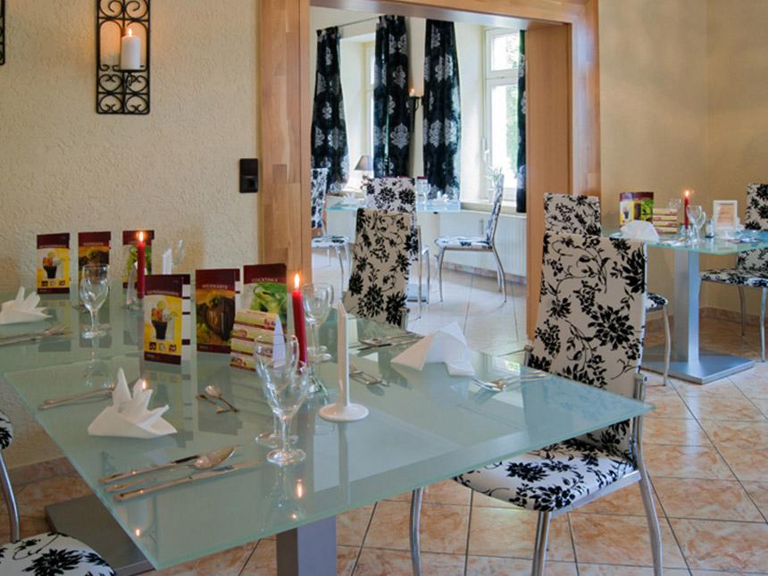 https://bilder.touridat.de/19917/8324/19917-8324-08-Restaurant