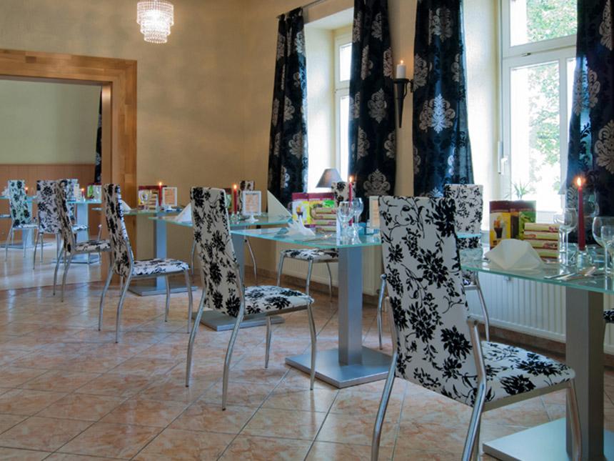 https://bilder.touridat.de/19917/8324/19917-8324-09-Restaurant