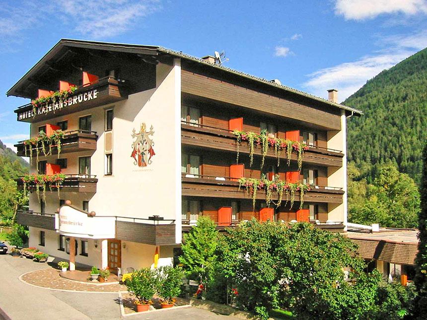 https://bilder.touridat.de/20207/9883/20207-9883-01-Hotel