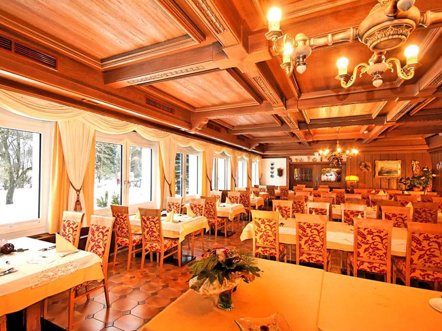 https://bilder.touridat.de/20207/9883/20207-9883-05-Restaurant
