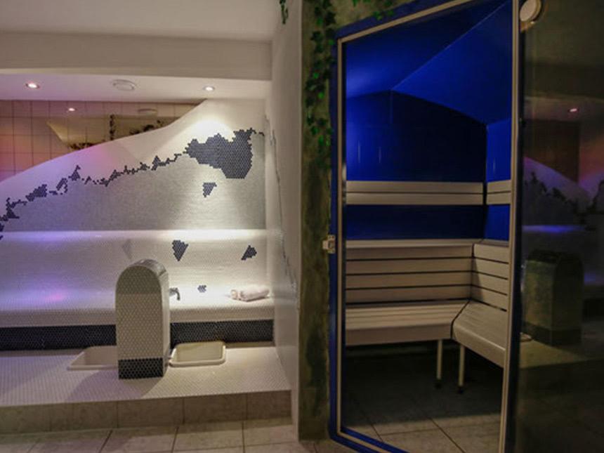 https://bilder.touridat.de/20243/8528/20243-8528-09-Sauna-02