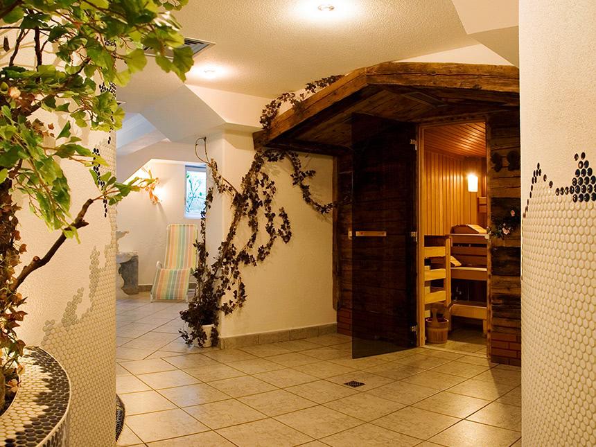 https://bilder.touridat.de/20243/8528/20243-8528-10-Sauna-06