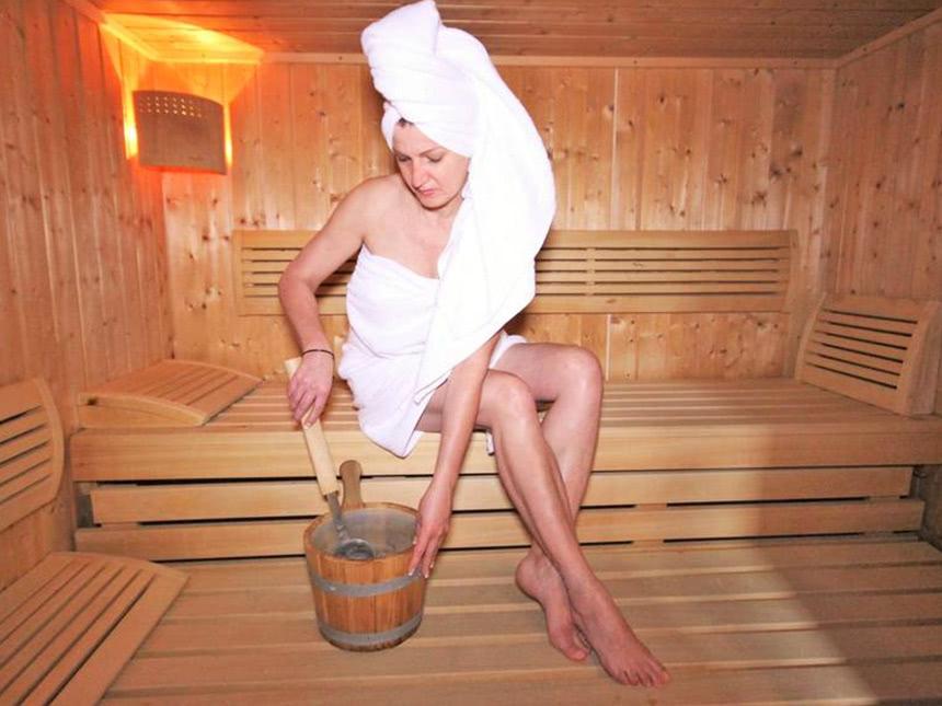 https://bilder.touridat.de/20285/8472/20285-8472-08-Sauna