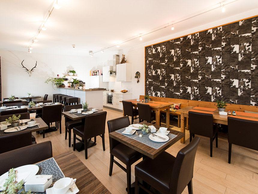 https://bilder.touridat.de/23885/8746/23885-8746-04-Restaurant