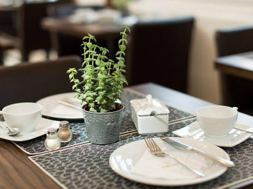 https://bilder.touridat.de/23885/8746/23885-8746-06-Restaurant-02