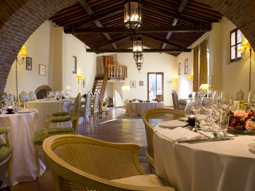 https://bilder.touridat.de/25308/9885/25308-9885-03-Restaurant-02