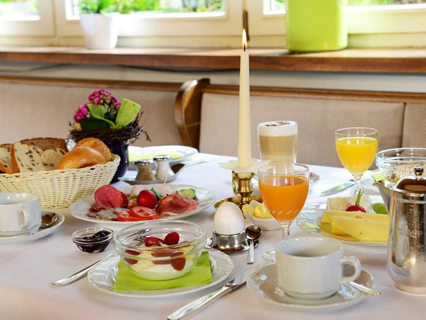 https://bilder.touridat.de/6145/7586/6145-7586-04-Restaurant