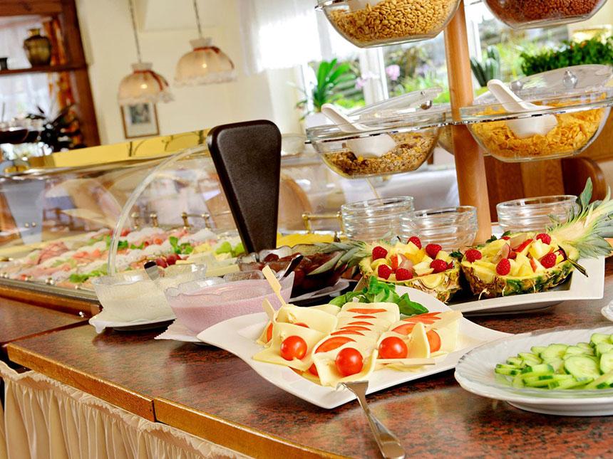 https://bilder.touridat.de/6145/7586/6145-7586-05-Restaurant