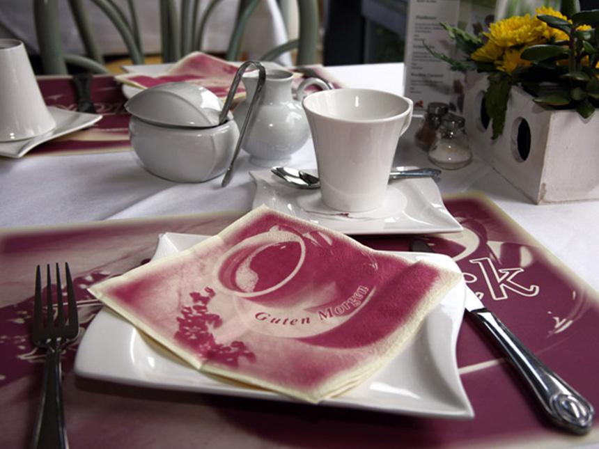 https://bilder.touridat.de/6377/2338/6377-2338-06-Restaurant