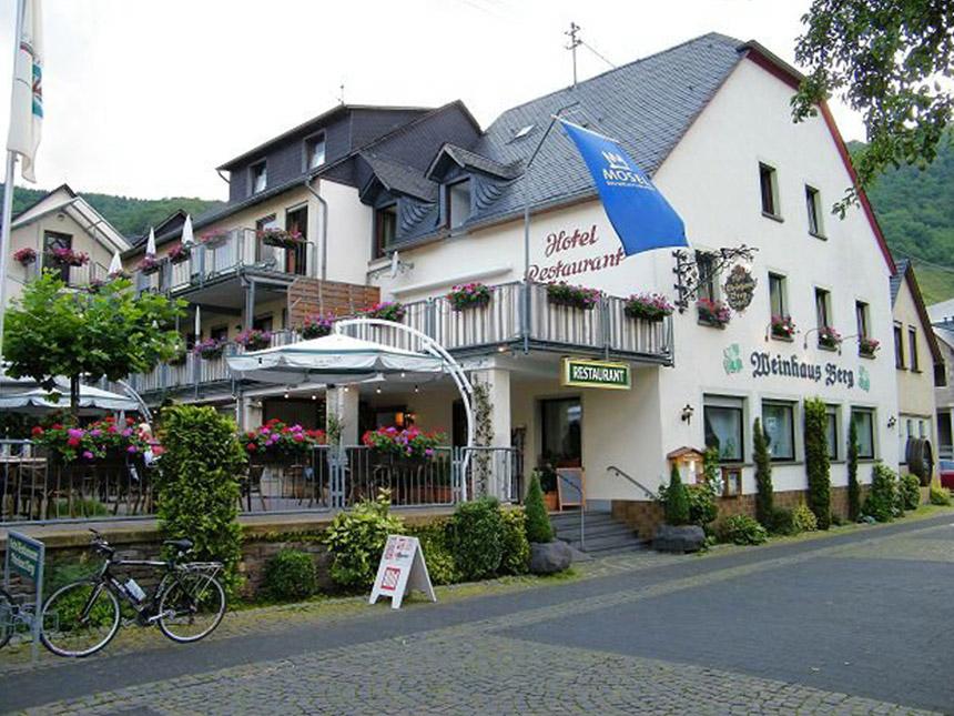 Mosel 4 Tage Bremm Kurzreise Hotel Weinhaus Ber...