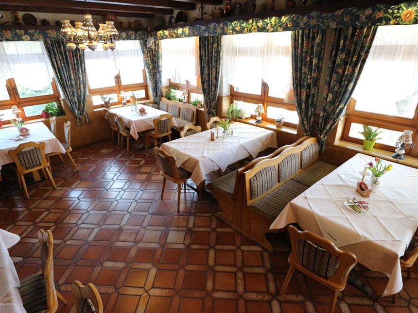 https://bilder.touridat.de/6905/4572/6905-4572-02-Restaurant